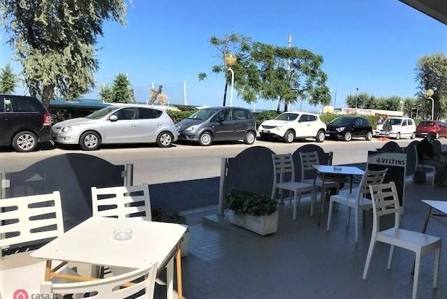 Bar in Vendita in zona Viserba a Rimini