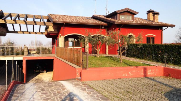 Porzione di bifamiliare in vendita a San Lorenzo in Correggiano