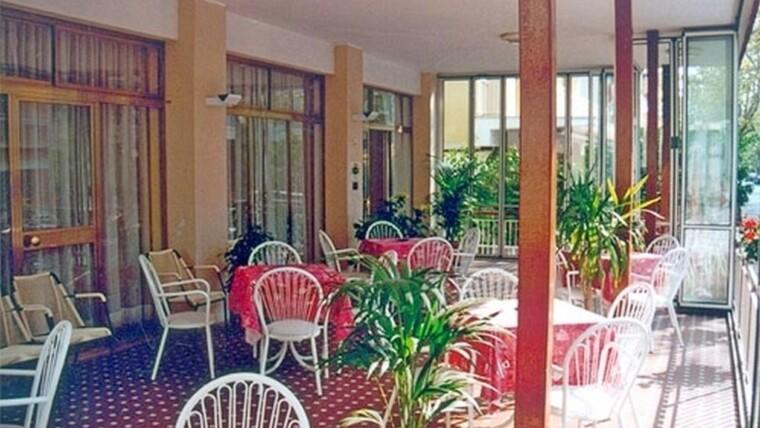 Hotel in vendita a Rivazzurra