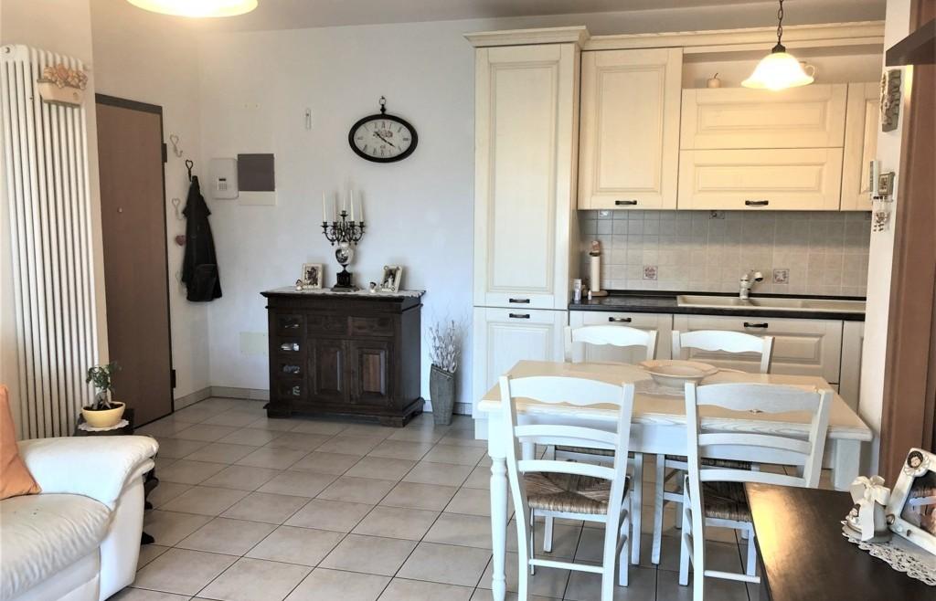 Appartamento con ampie logge abitabili in vendita a San Lorenzo in Correggiano