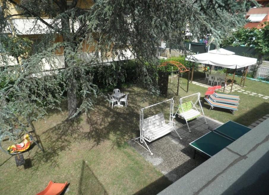 Hotel da ristrutturare in vendita a Riccione