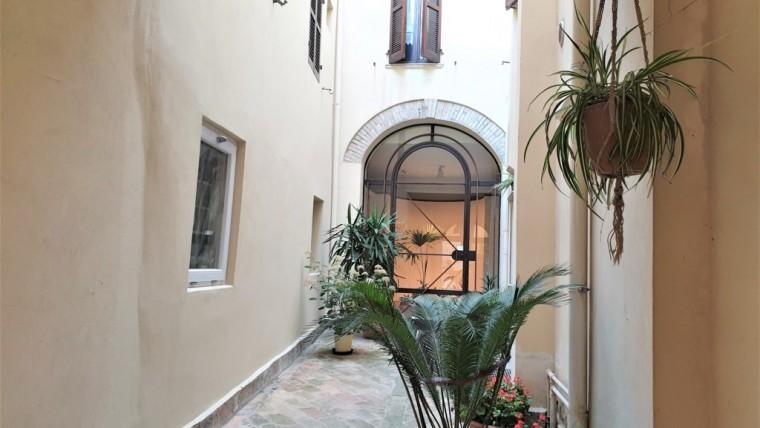 Splendida porzione di immobile storico in vendita nel cuore di Fano